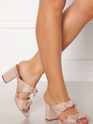 Truffle Rima Bow Sandals