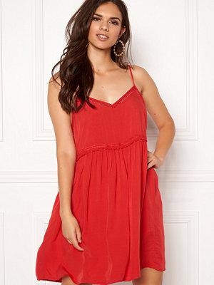 New Look Wow Tild Plain Dress