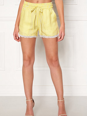 Object Lemony Alena Shorts