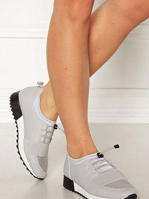 Truffle Betty II Sneakers