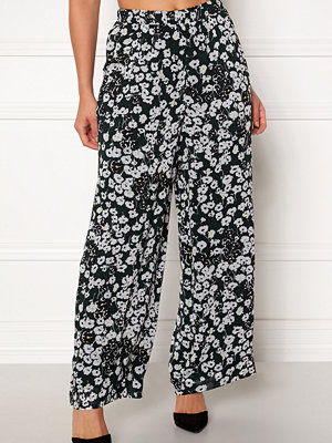 Selected Femme mönstrade byxor Maggie MW Ankle Pants