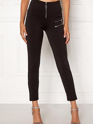 Chiara Forthi svarta byxor Gavriella trousers