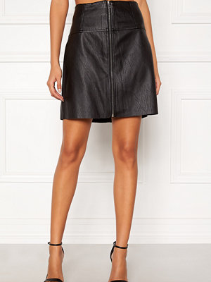 Pieces Tecia Faux Leather Skirt