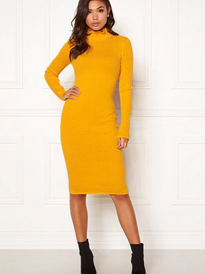 Bubbleroom Hilma knitted dress