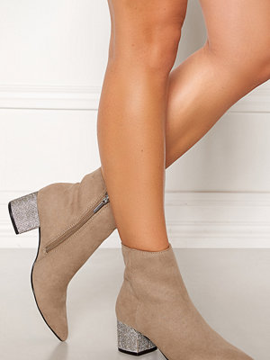 Steve Madden Maggie Boots