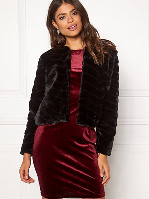 Jacqueline de Yong Evan Short Fake Fur Jacke