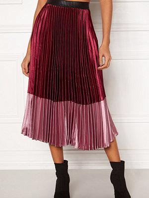 Y.a.s Karen Block Plisse Skirt