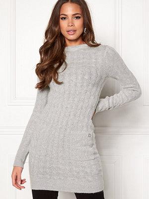 Snygga klänningar online - Mode på nätet - Modegallerian d3cda55c7e928