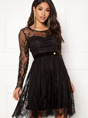 Chiara Forthi Lucette lace dress