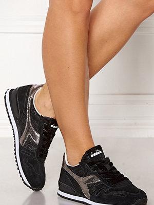 Sneakers & streetskor - Diadora Titan WN Premium Shoes