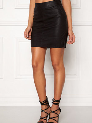 Kjolar - Only Base Faux Leather Skirt