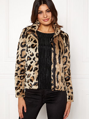 Vero Moda EA Leopard Short Faux Fur