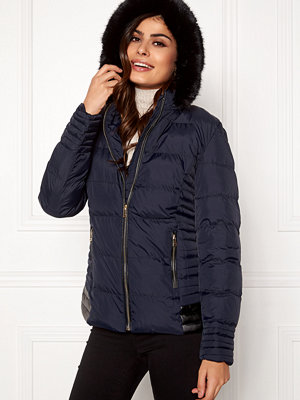 Qed London Quilted Short Puffer Coat