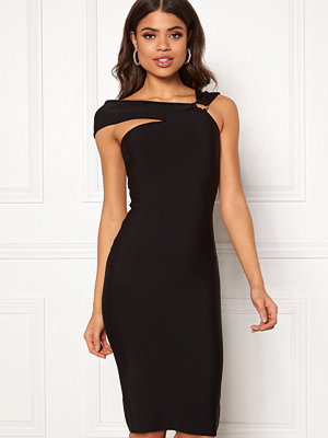 Girl In Mind Coco Off Shoulder Dress