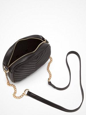 New Look Chevron Quilt Camera Bag
