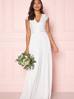 Make Way Maybelle wedding gown