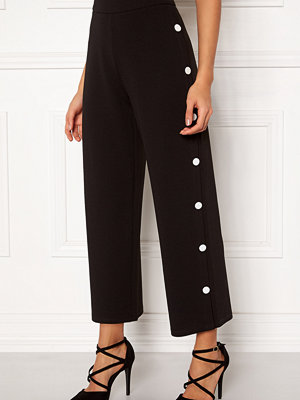 Bubbleroom svarta byxor Alexa button trousers
