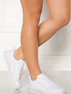 Bianco Birka Studs Sneakers