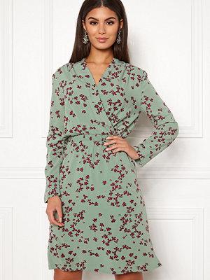 Vero Moda Kaya 7/8 Short Dress