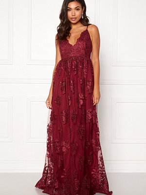 Moments New York Gardenia Lace Gown