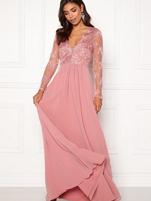 Moments New York Azalea Lace Gown