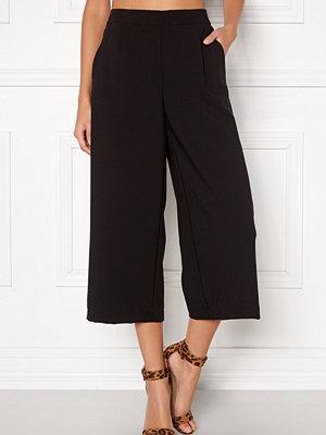 Vero Moda svarta byxor Coco HW Culotte Pants