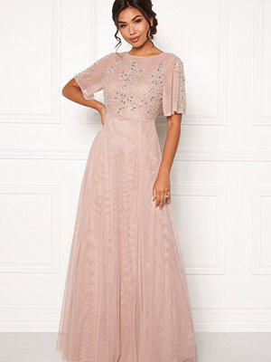 Moments New York Fleur Mesh Gown