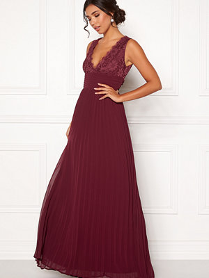 Bubbleroom Marianna lace top gown