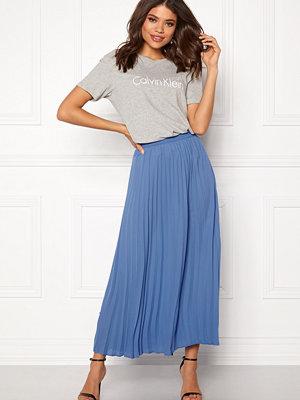 Only Phoebe Long Plisse Skirt
