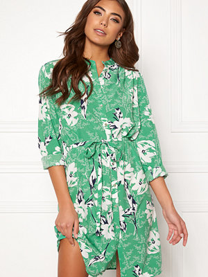 Sisters Point Valsi Dress