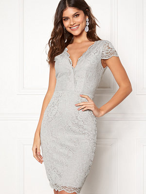 Moments New York Viola Lace Dress