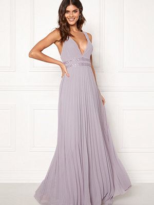 Moments New York Ivy Pleated Gown Lavendel