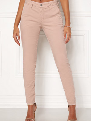 Selected Femme persikofärgade byxor Megan MW Chino