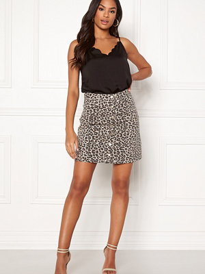 Pieces Sky HW Button Skirt