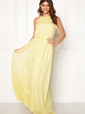 Moments New York Aster Chiffon Gown