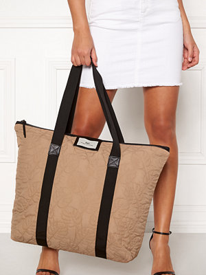 Day Birger et Mikkelsen Day Gweneth Philo Bag