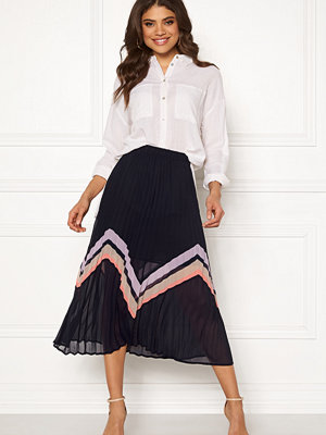Y.a.s Milda Pleated Skirt