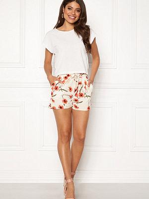 Shorts & kortbyxor - Vero Moda Saga Shorts