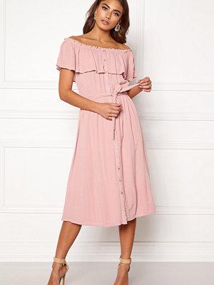 Make Way Jaqline offshoulder dress