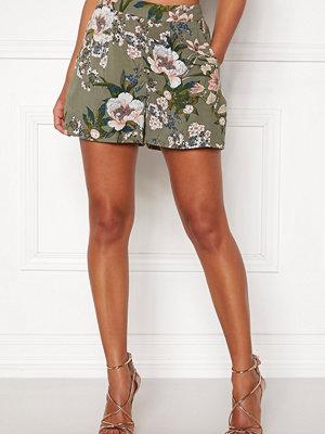 Happy Holly Fredrika shorts Khaki green / Patterned