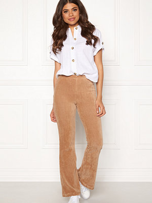 Pieces beige byxor Iroa Flared Pants