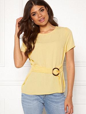 Pieces Lisa SS Top Mellow Yellow