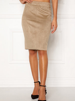 Happy Holly IDA suede look skirt