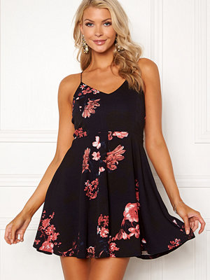 Ax Paris V Neck Floral Dress