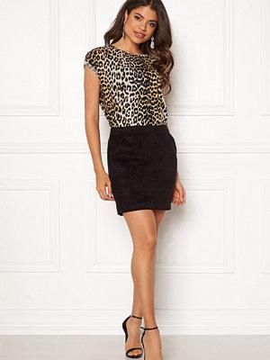 Vero Moda Donna Dina Short Skirt Faux Suede