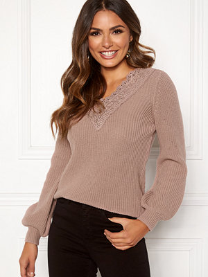 Happy Holly Wendy lace sweater