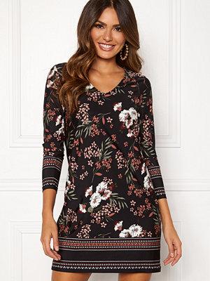 Happy Holly Blenda V-neck dress