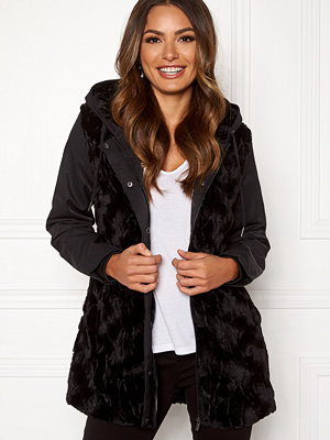 Happy Holly Josephine jacket