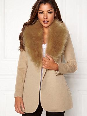 Chiara Forthi Verona Short Coat