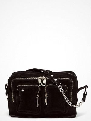 NuNoo svart väska Ellie Chain Suede Bag